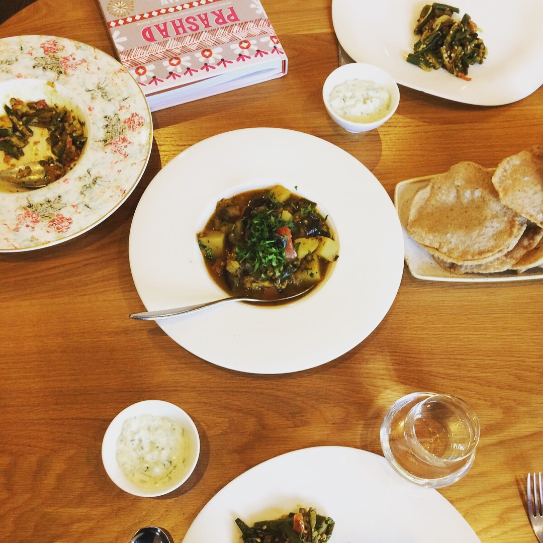 the indian cookery course book review