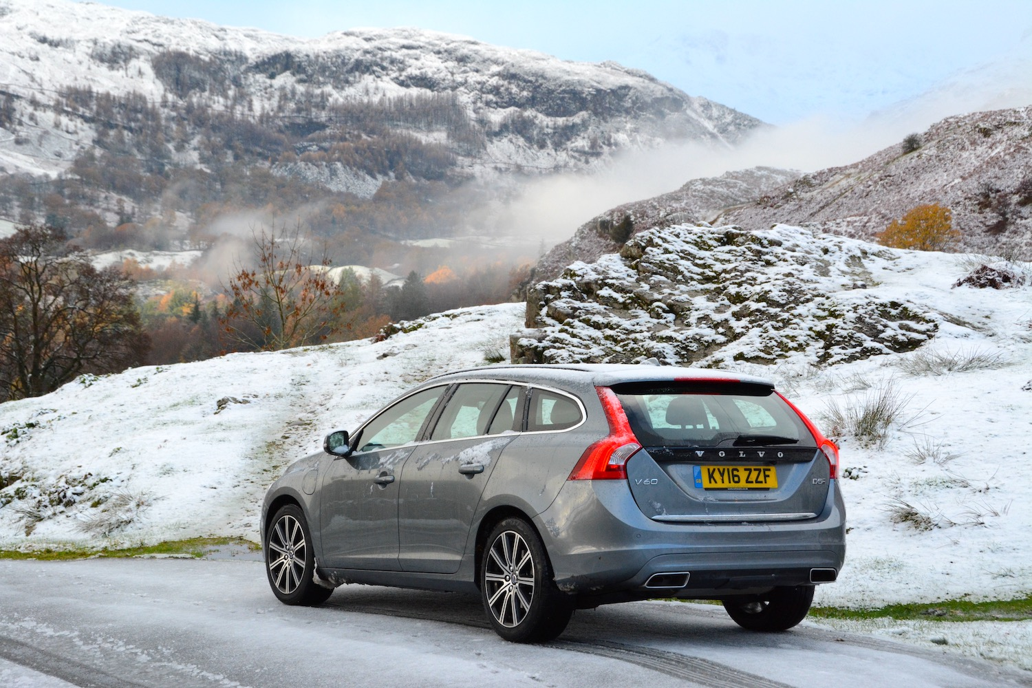 volvo v60 twin engine review